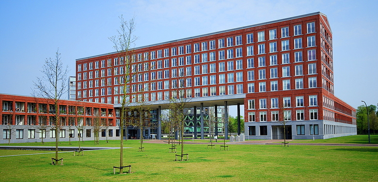 Chassépark Breda - In het Chassépark in Breda, dat ruim is opgezet, staan mooie gebouwen.
