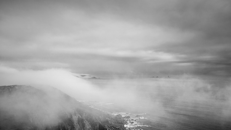 Vaporise - Sea-mist rolling in onto the cliffs, creating a tranquil, moody setting