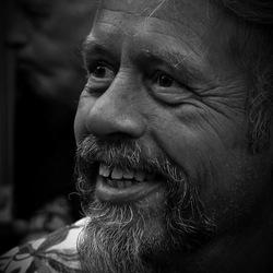 Portret van een festivalganger tijdens Blues Festival in Eindhoven