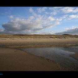 Strand...duinen....wolken