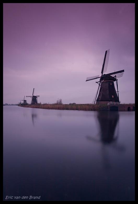 Kinderdijk - 30s exposure - Gister tijdens het invallen van de avond een 30s exposure @ Kinderdijk.<br /> <br /> Grad ND / ND / Sigma 10-20 / EOS 40