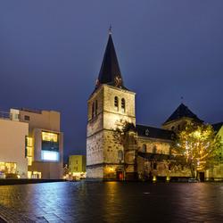 Heerlen - Sint- Pancratiusplein - Pancratiuskerk