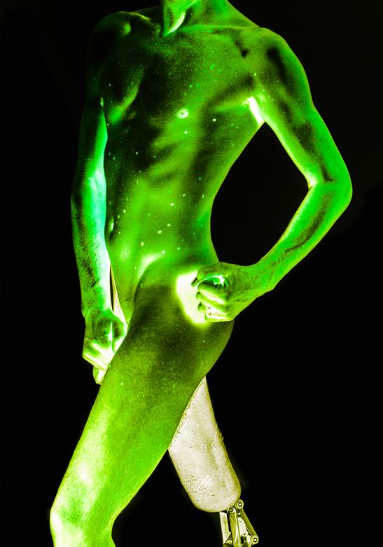 green galaxy - ik ben normaal niet zo van het over de top bewerken, maar vond deze wel leuk.