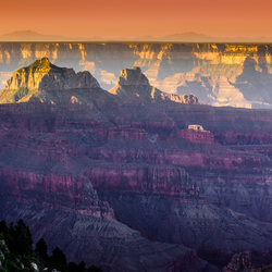 King of Canyons - Magic lights of the Grand Canyon