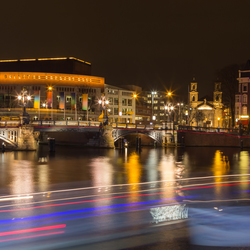 Stopera en Blauwbrug in Amsterdam