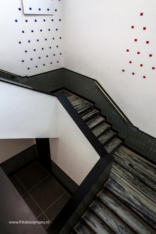 Trap gemeente museum Den Haag - 201512291310 Trap gemeente museum Den Haag