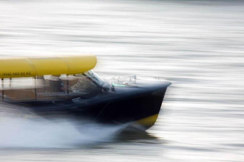 Speed - De Rotterdamse watertaxi in actie