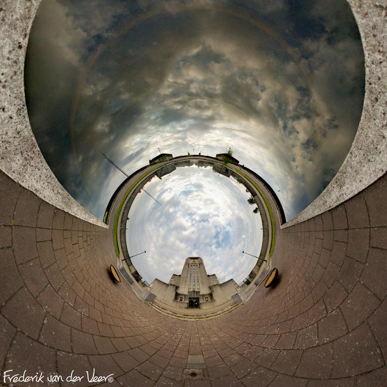 360 graden Radio Kootwijk - Even na zonsopkomst heb ik deze 360 / 180 graden foto gemaakt. Een 'Little Planet' foto op deze locatie, 's ochtends vroeg