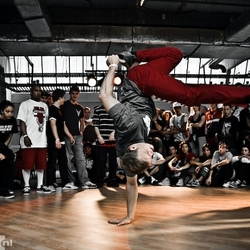 b-boy JustDoIt