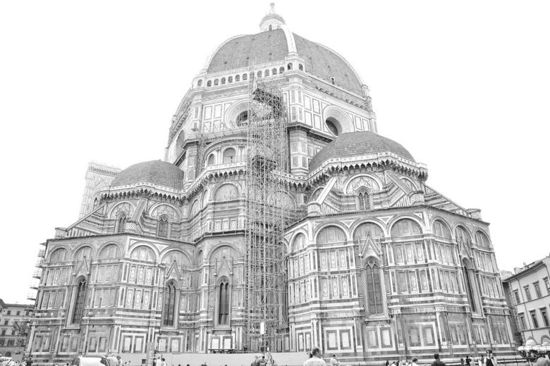 Dome, Florence - Deze foto was eigenlijk mislukt qua belichting. Hij was zo licht dat het wel op een potloodtekening leek, Ik heb m naar zwart/wit omg
