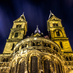 Munsterkerk Roermond at night