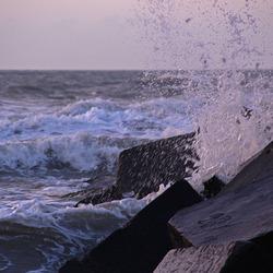 Klotsende golven 2