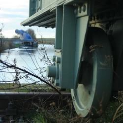 De Slauerhoff vanaf oude spoorbrug