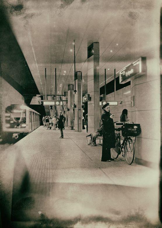 Over 10 jaar . . .  - AMSTERDAM Metro- …kijken we dan zo ?