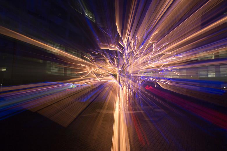 GLOW motion - Afgelopen donderdag gemaakt in Eindhoven bij GLOW13.<br /> <br /> Wat uitgeprobeerd. Ik vind het resultaat best leuk eigenlijk