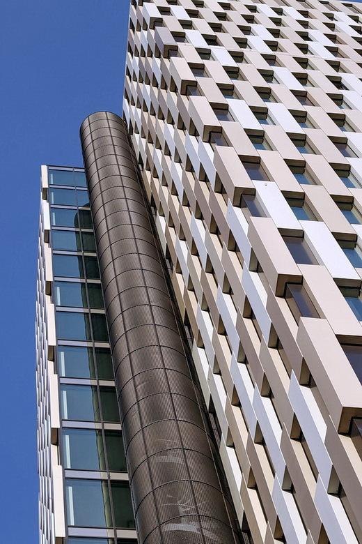 Amstelkwartier Amsterdam. - Hotelgebouw in het Amstelkwartier Amsterdam. Een dagje met mede-zoomer op pad geweest, op architectuursafari.<br /> <br /