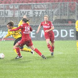 voetbal in de regen