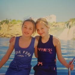 Meisjes op de boot