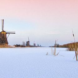 (HDR) Molens in de sneeuw, Kinderdijk