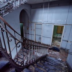Hospital B. 1