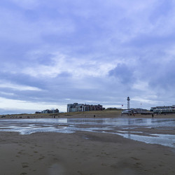 02931 wet beach of Egmond