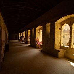 gangen in het pauselijk paleis in Avignon