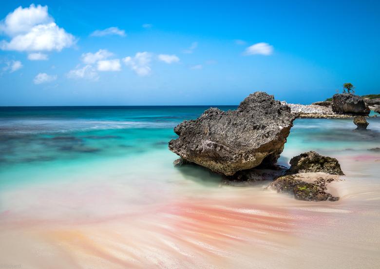 Lonely Rock op Bonaire - Het prachtige eiland Bonaire is niet groot, maar heeft schitterende landschappen en zeezichten. Ik kan dit landschap eindeloo