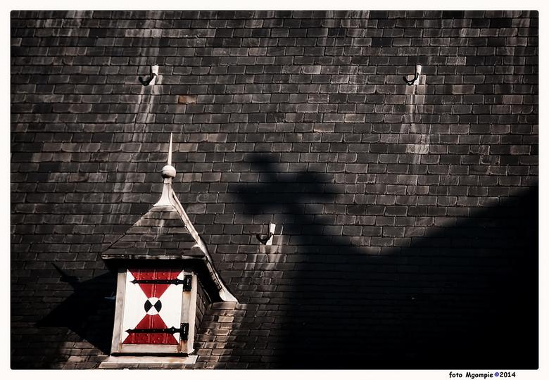 """Cross - Past wel met pasen.<br /> <br /> Iedereen bedankt voor <br /> de reacties op <a href=""""http://zoom.nl/foto/overig/anybody.2300286.html?objec"""