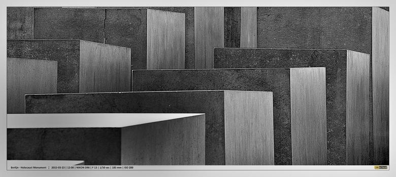 Berlin - Holocaust Denkmal 3 (2e versie) - Holocaust Monument in Berlijn