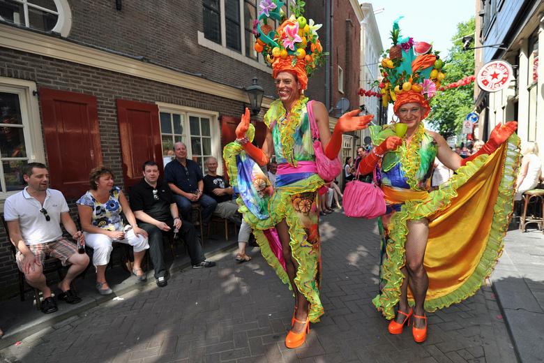 Hartjesdagen in Amsterdam - AMSTERDAM - De Hartjesdagen op de Zeedijk (derde weekend van augustus) zetten de eeuwenoude traditie van Hartjesdag voort.