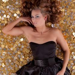Golden Girl Rayette