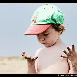 Zand...!