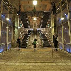 metrostation.