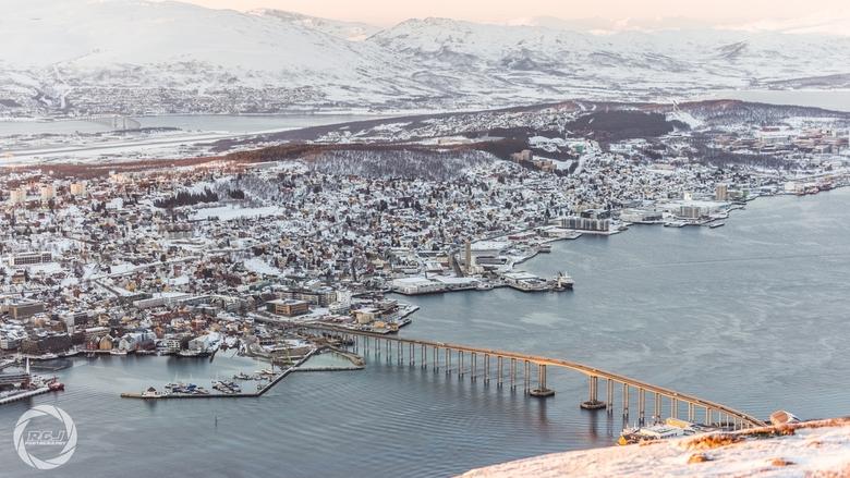 Tromsø vanaf Fjellheisen