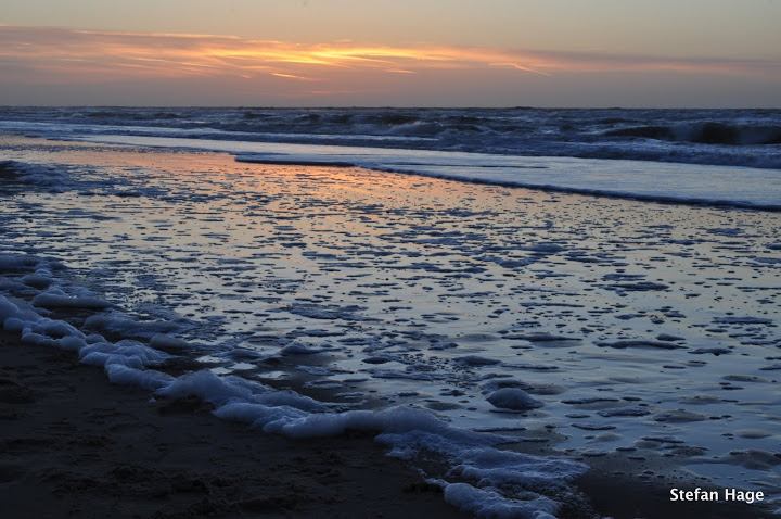Oranje gloed over zee, Texel
