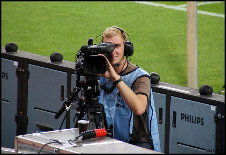 """zo te zien - had deze cameraman mij in het vizier <img  src=""""/images/smileys/smile.png""""/> Nederland-San Marino"""