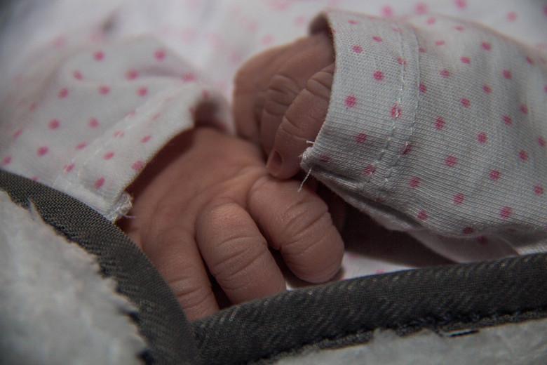 FAY - Maandag 17 Maart 2014 is onze mooie lieve dochter Fay geboren.<br /> Iemand leuke tips?