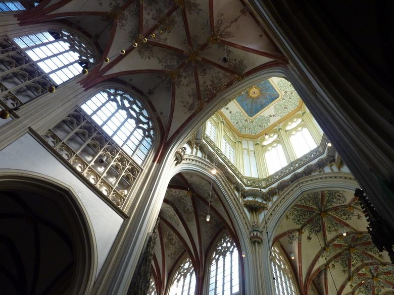 Sint Jan - Mooi plafond in de St. Janskerk in Den Bosch.