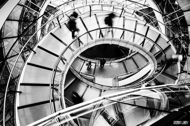 Gemeentehuis London - Je komt niet zomaar binnen in het gemeentehuis van Londen, ik had geluk en mocht binnen aan het werk. Daar schoot ik onder ander