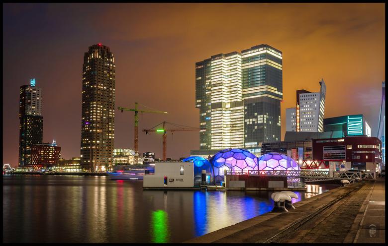 Men blijft aan het bouwen in Rotterdam,..... -