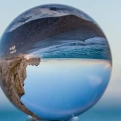 Etretat in een glazenbol