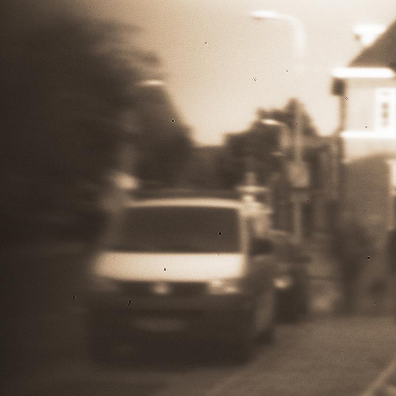 Mijn eerste Pinhole foto - Dit is een pinhole foto.<br /> hij is ietsje gecurved, en is niet door een lens gemaakt, maar met een &#039;pinhole&#039;.