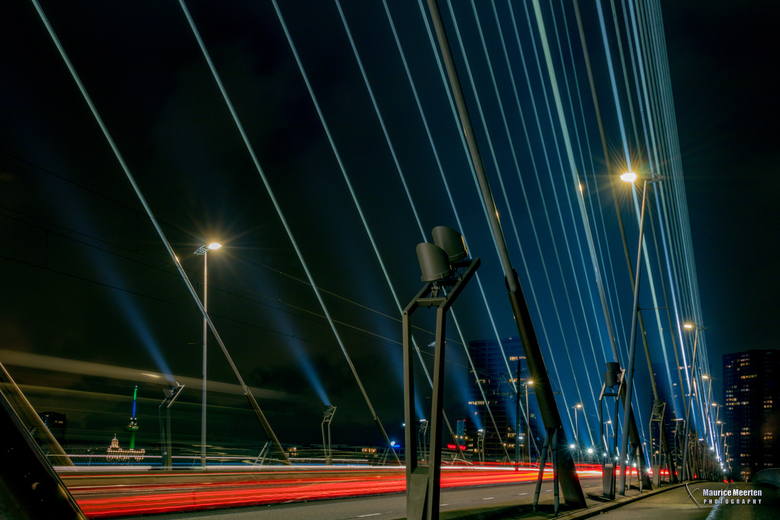 Rotterdam Erasmusbrug - Rotterdam by night...