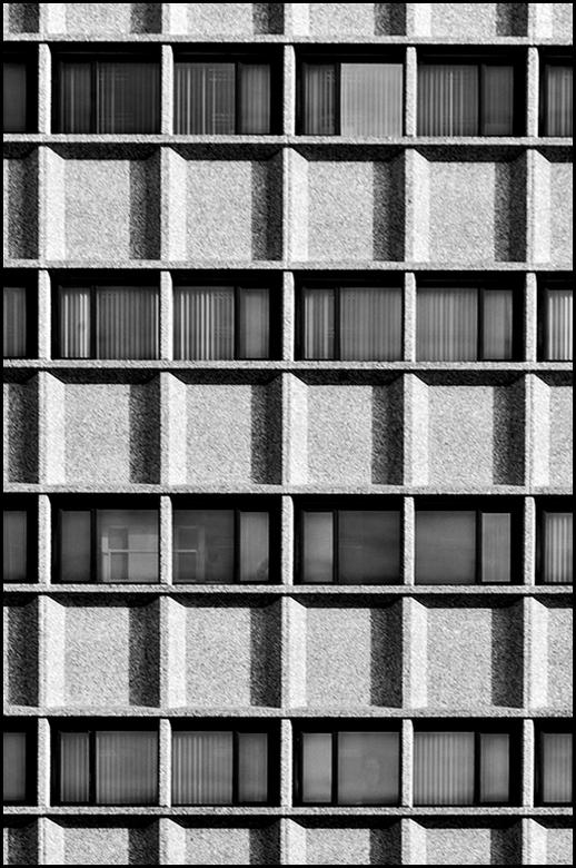 ddw 81 - Idem als kunst heeft iedereen een mening over architectuur. Wat de een mooi vindt, vindt de ander spuug lelijk. Velen begrijpen niet dat dit