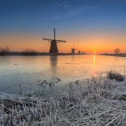 Cold sunrise in Kinderdijk