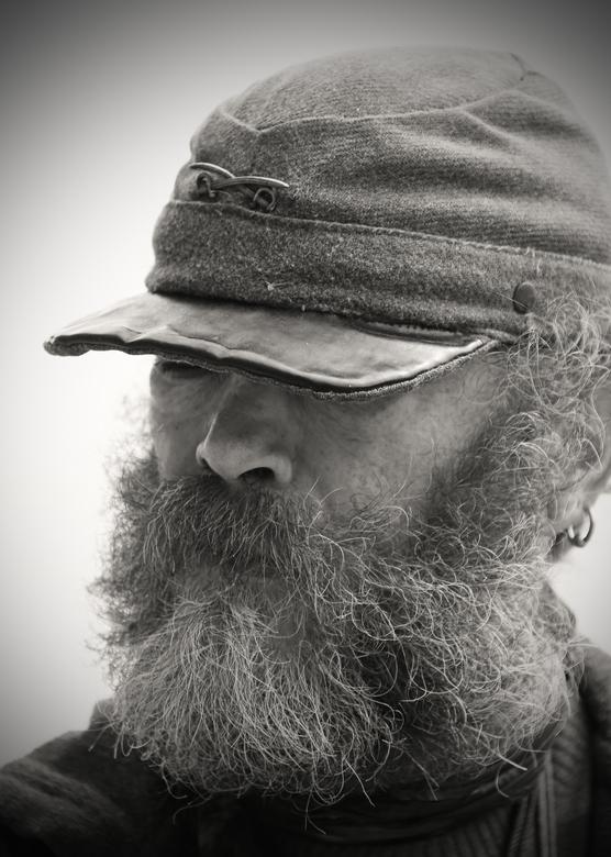 Terug uit Gettysburg - Portret bewerkt naar een soldaat. Terug uit Gettysburg, na de burgeroorlog.