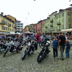 Harley Davidsons.