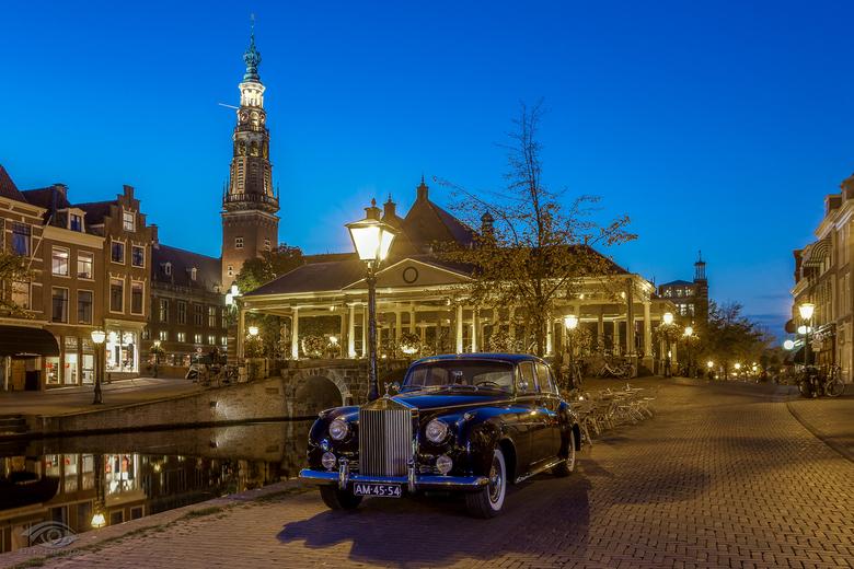 """Spirit of Ecstasy - Soms zit alles mee <img  src=""""/images/smileys/smile.png""""/> Ik stond hier in Leiden om tijdens het blauwe uurtje de Koornbrug ook w"""