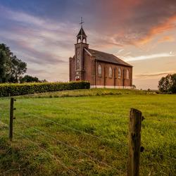 Homoet church