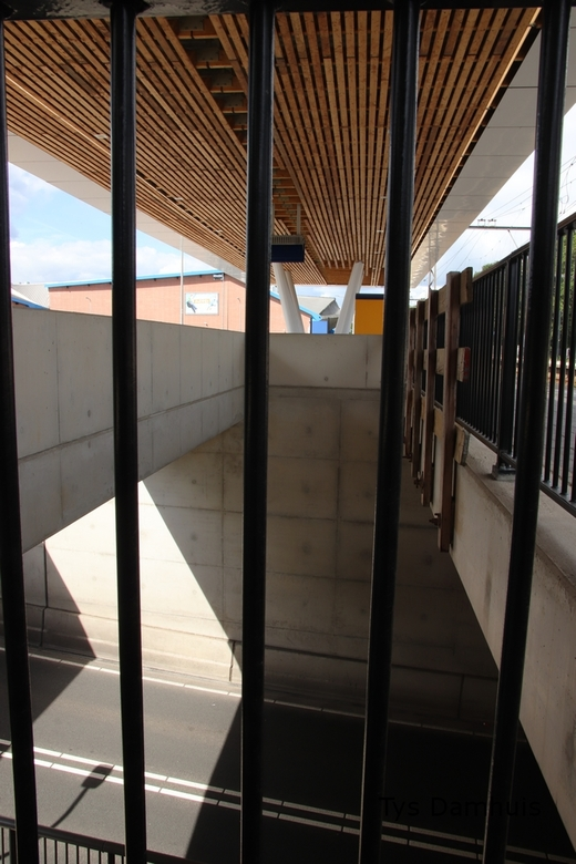 tys damhuis straatbeeld  (54) - Gevangen op straat.in Deventer <br /> Gemaakt door Tys Damhuis <br />